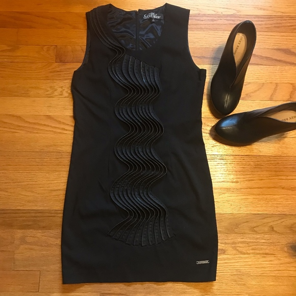 Goldmine Dresses & Skirts - Black Stretch Mini Dress with Zipper Design